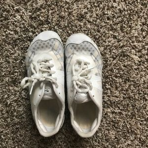 Other - Infinity cheer shoes